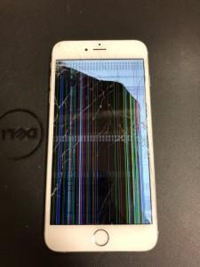 液晶に沢山の縦線や割れがあるiPhone6s+