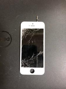 左側から落としてしまったiPhone5sの画面