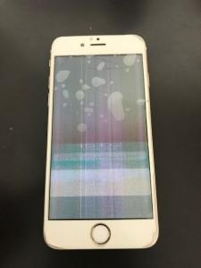 液晶画面にノイズがはいったiPhone6