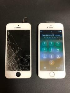 左下から割れた画面と修理後のiPhone5s