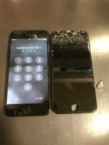 画面上部が破損したiPhone7