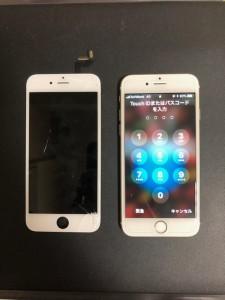 右下から割れている画面と修理後のiPhone6s