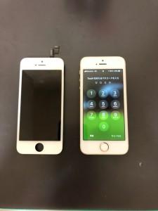 タッチが効かなくなった画面と修理後のiPhoneSE