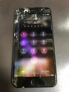 液晶不良のiPhone8Plus