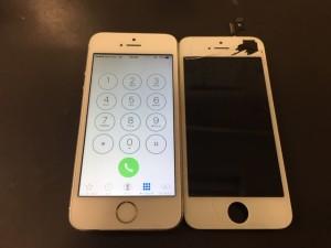 アイフォーン5s ガラス+液晶修理