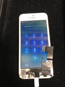 iPhoneSE ドックコネクタ修理