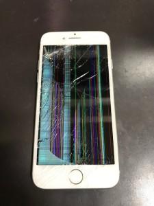 液晶不良のiPhone8