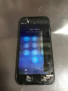 液晶不良のiPhone7